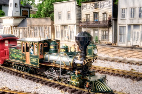 Denver Garden Railway 1