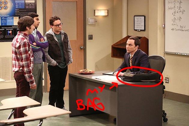 season-8-episode-2-desk-1