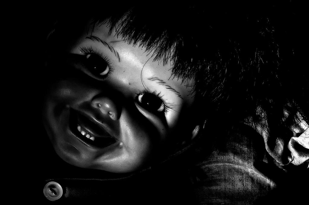 L'enfant Joyeux - vintage doll